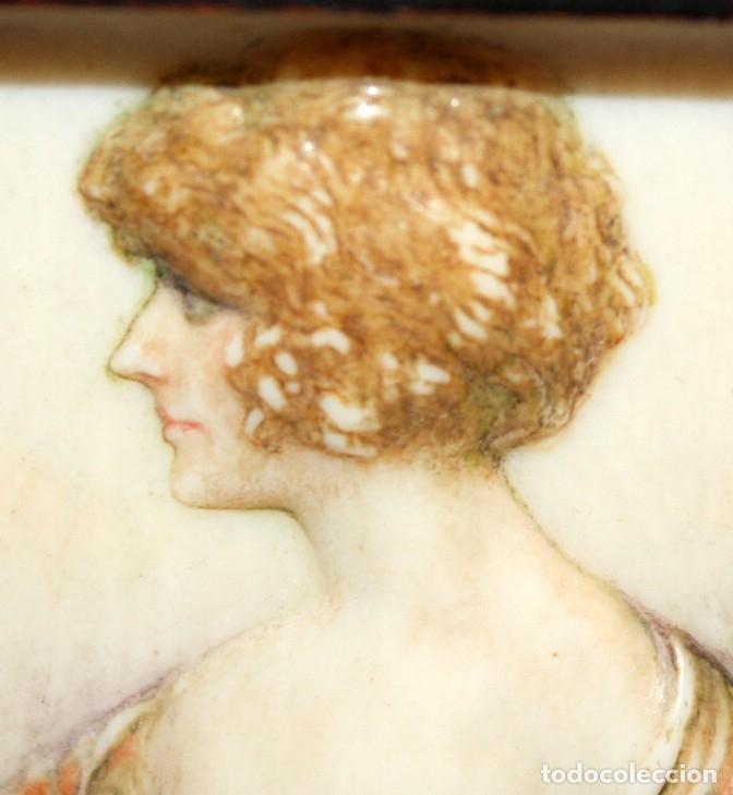 Varios objetos de Arte: BONITA MINIATURA DEL SIGLO XIX. DAMA DE PERFIL - Foto 3 - 172758935
