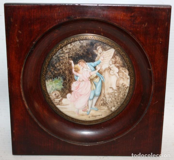 Varios objetos de Arte: DAPRES DE FRAGONARD. BONITA MINIATURA PINTADA A MANO DEL SIGLO XIX. LE SERMENT DAMOUR - Foto 2 - 172759999