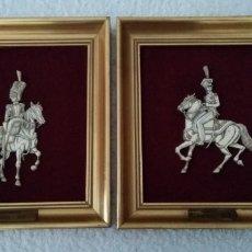 Varios objetos de Arte: 2 CUADROS MOTIVOS MILITARES EN RELIEVE DE MARFIL MEDIDAS 22.5 X 26. Lote 173050130