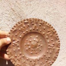 Varios objetos de Arte: ANTIGUO PLATO COBRE MEXICO. Lote 173451232