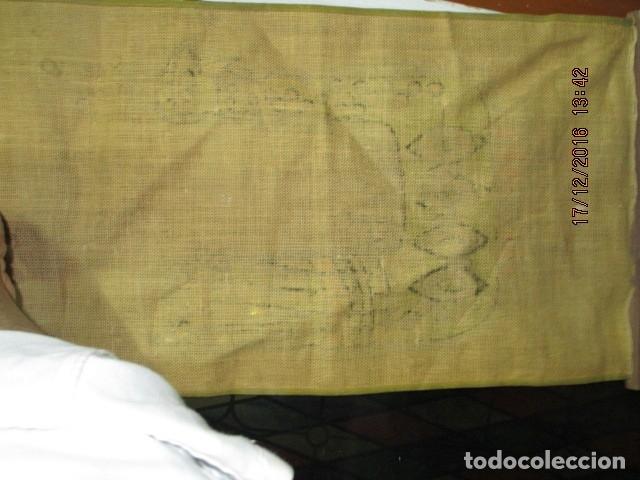 Varios objetos de Arte: ANTIGUA Y RARA PINTURA EN TELA DE SACO FINO O ARPILLERA FIRMA UHR - Foto 4 - 173490698