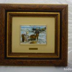 Varios objetos de Arte: VINTAGE CUADRO ESMALTE SOROLLA. MARCO MADERA NOBLE, FONDO Y TRASERO DE TERCIOPELO . Lote 175802337