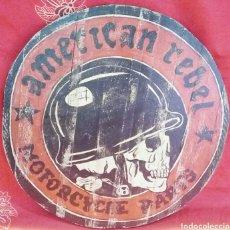 Varios objetos de Arte: TABLA DE MADERA - AMERICAN REBEL - PINTADA A MANO. Lote 177385212