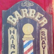 Varios objetos de Arte: TABLA DE MADERA - BARBER SHOP - PINTADA A MANO. Lote 177413965
