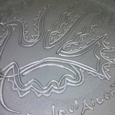Varios objetos de Arte: PLATO RAFAEL ALBERTI. Lote 178736726