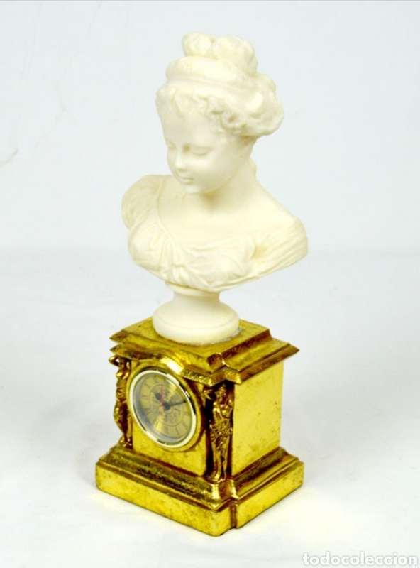 Varios objetos de Arte: Bellísimo Reloj sobremesa con figura de mujer estilo romantico.En en resina.36X15.Función pila 1,5 V - Foto 4 - 180276520