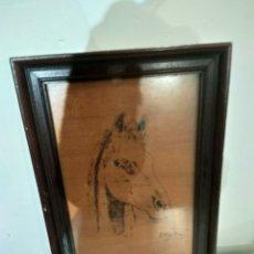 Varios objetos de Arte: CUADRO DE CABALLO EN PIROGRABADO. Lote 186203767