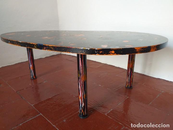 Varios objetos de Arte: Mesa baja.Tratado de cosmografía.Pieza única. - Foto 3 - 186462121