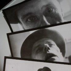 Varios objetos de Arte: JOSEPH BEUYS: CAJA-ESTUCHE CON 50 FOTOGRAFÍAS DE VOLKER WILCZEK, 1980. Lote 187105318