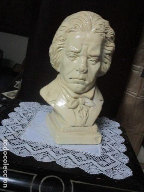 Varios objetos de Arte: betoven precioso y antiguo busto de estuco de yeso o escayola sobre 1900 - Foto 2 - 194182938
