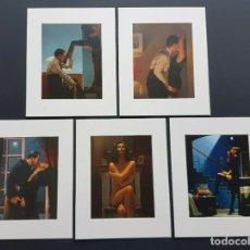Varios objetos de Arte: VETTRIANO: 5 ESTAMPAS ERÓTICAS MONTADAS CON PASPARTÚ, DEL PINTOR BRITÁNICO JACK VETTRIANO. Lote 194403010