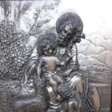 Varios objetos de Arte: SAN JOSE Y NIÑO REPUJADO. Lote 195020737