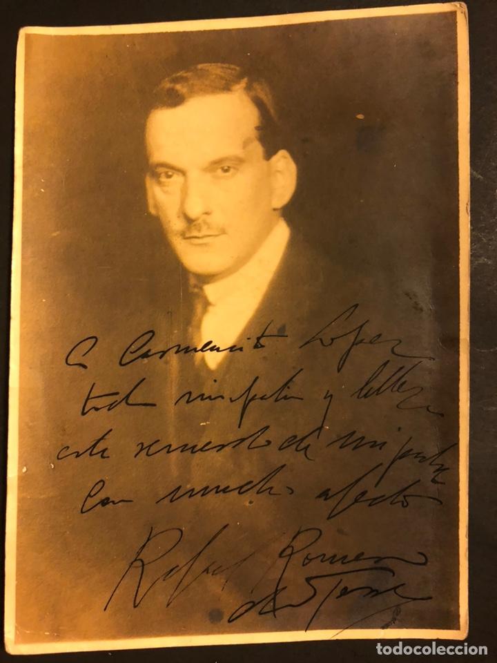 FOTO DEL PINTOR JULIO ROMERO DE TORRES CON DEDICATORIA Y FIRMA DE SU HIJO RAFAEL 17 X 12 CM (Arte - Varios Objetos de Arte)