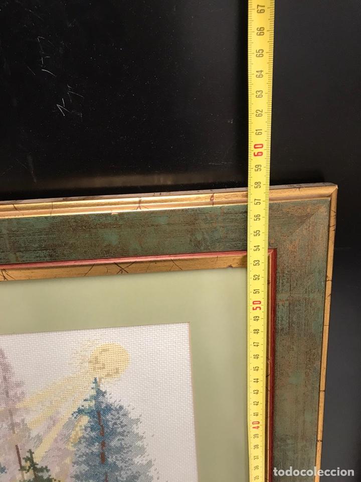 Varios objetos de Arte: Cuadro de punto antiguo - Foto 2 - 198212835