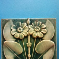 Arte: FLORES. J. & J. G.LOW. PATENT ART TILE WORKS. MASS U.S.A 1884. EN CERÁMICA. MEDIDAS 15*15 CM. . Lote 199634445