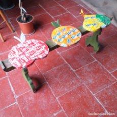 Varios objetos de Arte: BANCO DE TRES PLAZAS. MATERIALES RECICLADOS.. Lote 204083073