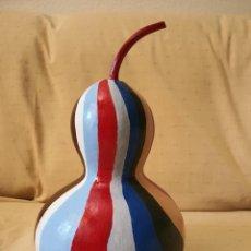Varios objetos de Arte: CALABAZA NATURAL PINTADA A MANO. Lote 211975040