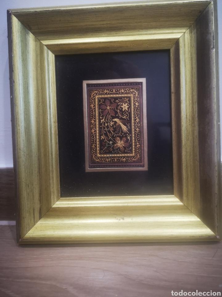 Varios objetos de Arte: Cuadro con Damasquinado Toledano, Enmarcado 20x23cm - Foto 2 - 214214216