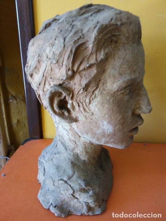 Varios objetos de Arte: ORIGINAL. OBRA DE FRANCESC GASSÓ. HOMBRE. EN CERÁMICA. MEDIDAS 27*19*17 CM - Foto 2 - 214818513