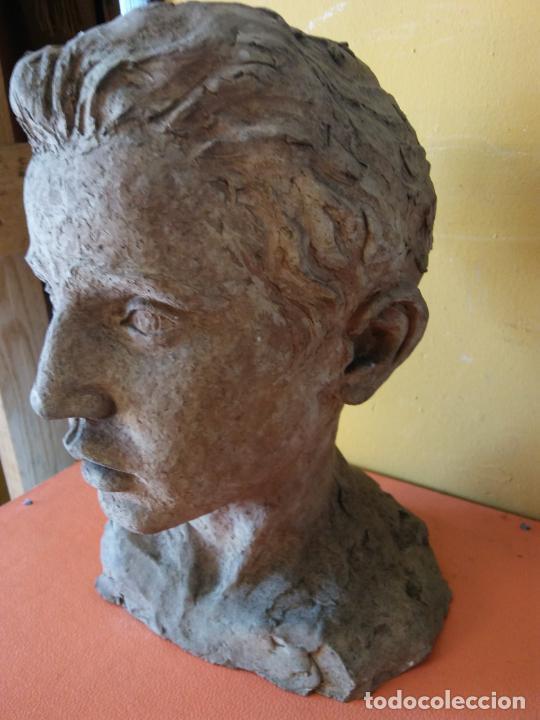 Varios objetos de Arte: ORIGINAL. OBRA DE FRANCESC GASSÓ. HOMBRE. EN CERÁMICA. MEDIDAS 27*19*17 CM - Foto 6 - 214818513