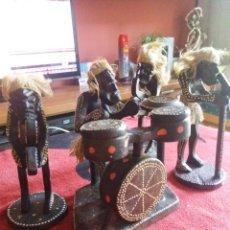 Varios objetos de Arte: FIGURAS DE MADERA ARTESANALES BANDA DE MÚSICOS. Lote 215021768