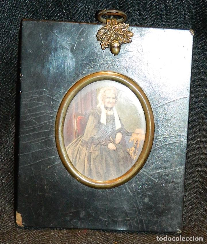 Varios objetos de Arte: RARA 1855 ANTIGUA FOTO VICTORIANA PINTADA A MANO , POR ANGEL OWEN EXETER UK. MARCO 11x9cm - Foto 2 - 215091885