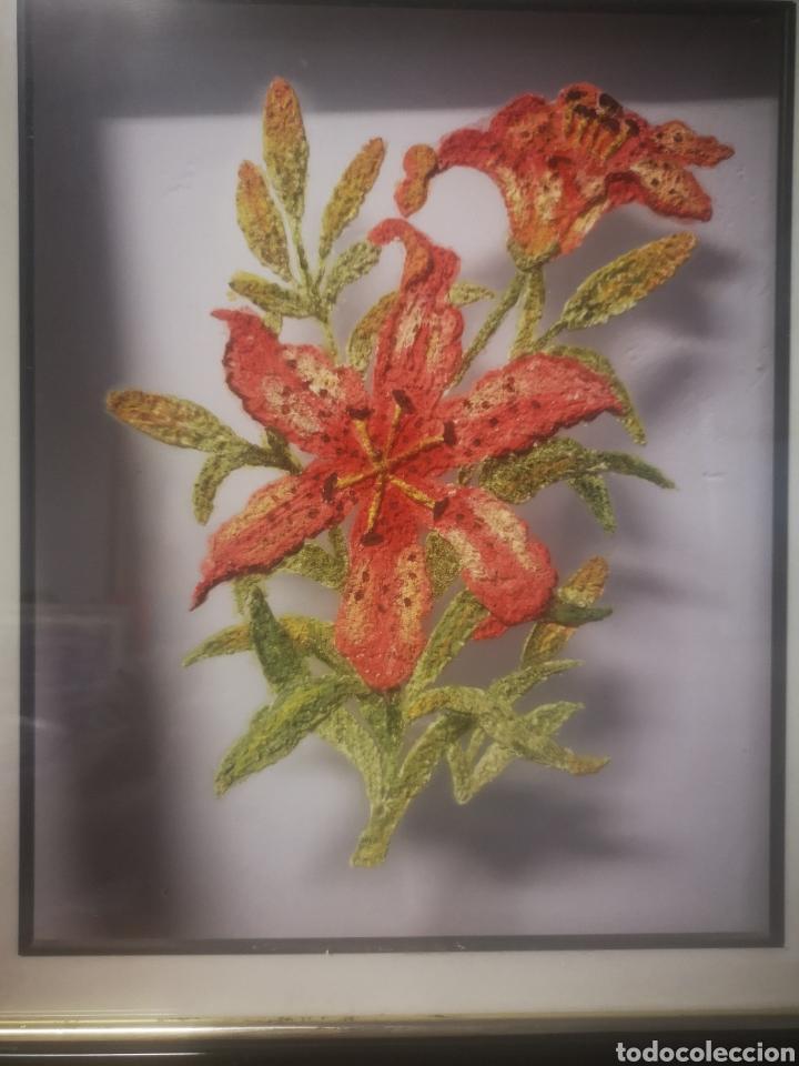 Varios objetos de Arte: PINTURA SOBRE CRISTAL, MOTIVOS FLORALES, CON RELIEVE, 35X42cm ENMARCADO - Foto 2 - 217543723