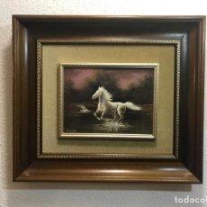 Varios objetos de Arte: CUADRO ESMALTADO PINTOR LOREN CABALLO AL GALOPE. Lote 223865467