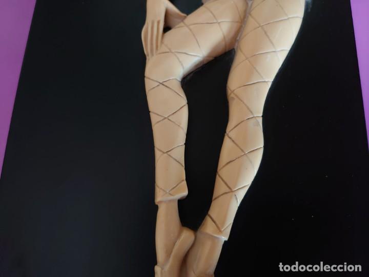 Varios objetos de Arte: CUADRO ARLEQUIN MARFIL TALLADO - Foto 5 - 253064695