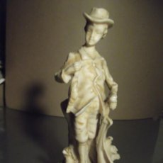Varios objetos de Arte: FIGURA ANTIGUA ITALIANA DE 20 CM. Lote 230771130