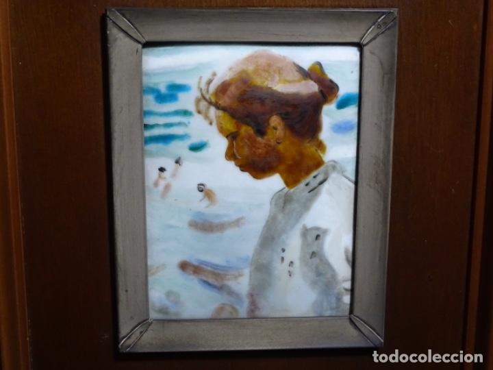 Varios objetos de Arte: ESMELTE DE SOROLLA EN MARCO CON FILO DE PLATA DE LEY Y MADERA. - Foto 2 - 236800555