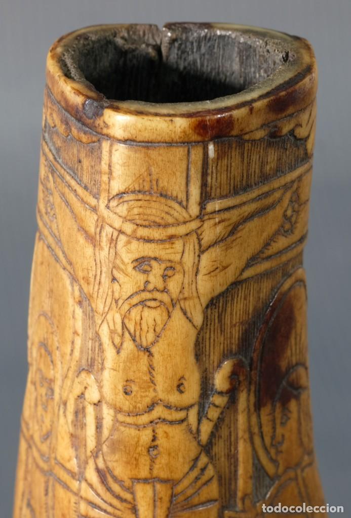 Varios objetos de Arte: Imagen del Calvario sobre huevo hacia 1500 - Foto 9 - 243865710