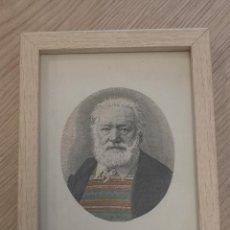 Varios objetos de Arte: COLLAGE ORIGINAL CON LAMINA ANTIGUA VICTOR HUGO JERSEY A COLORES INCLUYE MARCO. Lote 245580035