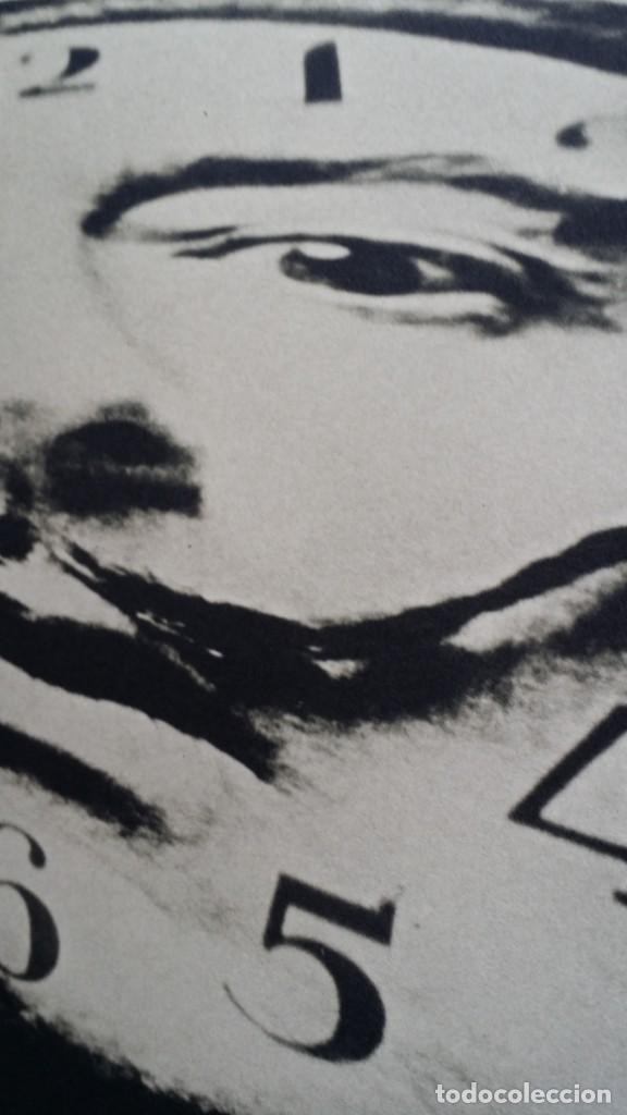 Varios objetos de Arte: SALVADOR DALI: 70x50 The Manipulator, nº 16 / HALSMAN / 1989 - Foto 6 - 249232410