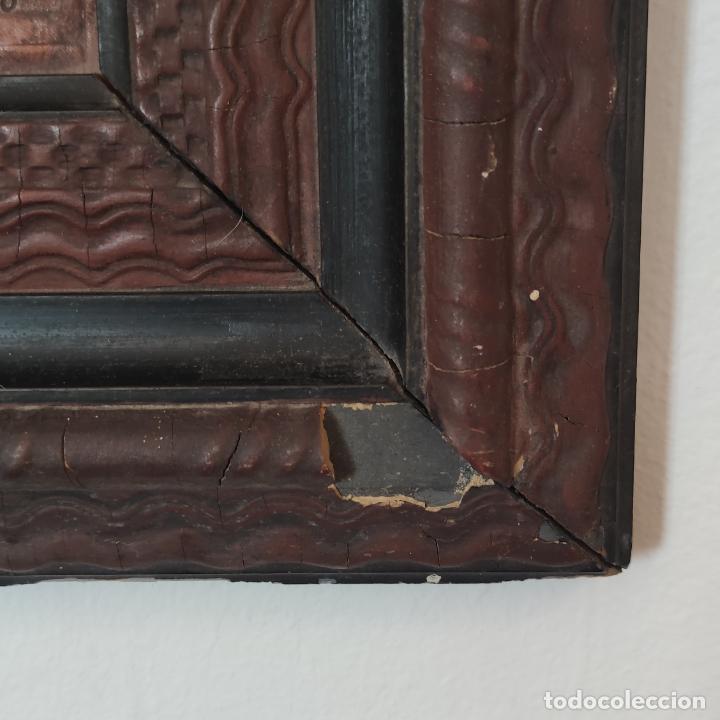 Varios objetos de Arte: Auténtica obra de arte. Cuadro del descendimiento de la cruz. Cuero repujado. Firmado F.M. Rubio. - Foto 10 - 250337220