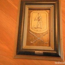 Varios objetos de Arte: CUADRO DE GOLF PLATA. Lote 253431545