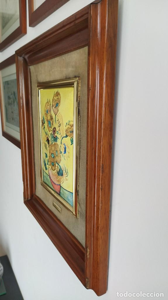 Varios objetos de Arte: CUADRO ESMALTADO VAN GOGH / LOS GIRASOLES. MARCO DE MADERA MIDE 39 CM x 44,5 CM - Foto 15 - 254003055