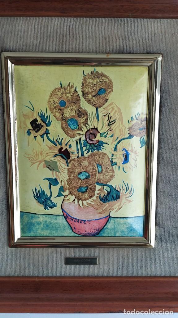Varios objetos de Arte: CUADRO ESMALTADO VAN GOGH / LOS GIRASOLES. MARCO DE MADERA MIDE 39 CM x 44,5 CM - Foto 17 - 254003055