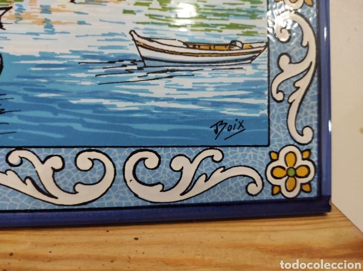 Varios objetos de Arte: Azulejo vista de pueblo costero, firmado Boix. 30x20 - Foto 3 - 255981535