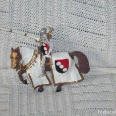 Varios objetos de Arte: GUERRERO MEDIEVAL HECHO DE PLOMO. Lote 258928325