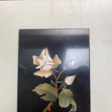 Varios objetos de Arte: PANEL DE FLOR EN MARQUETERIA PIEDRAS DURAS. Lote 263157935