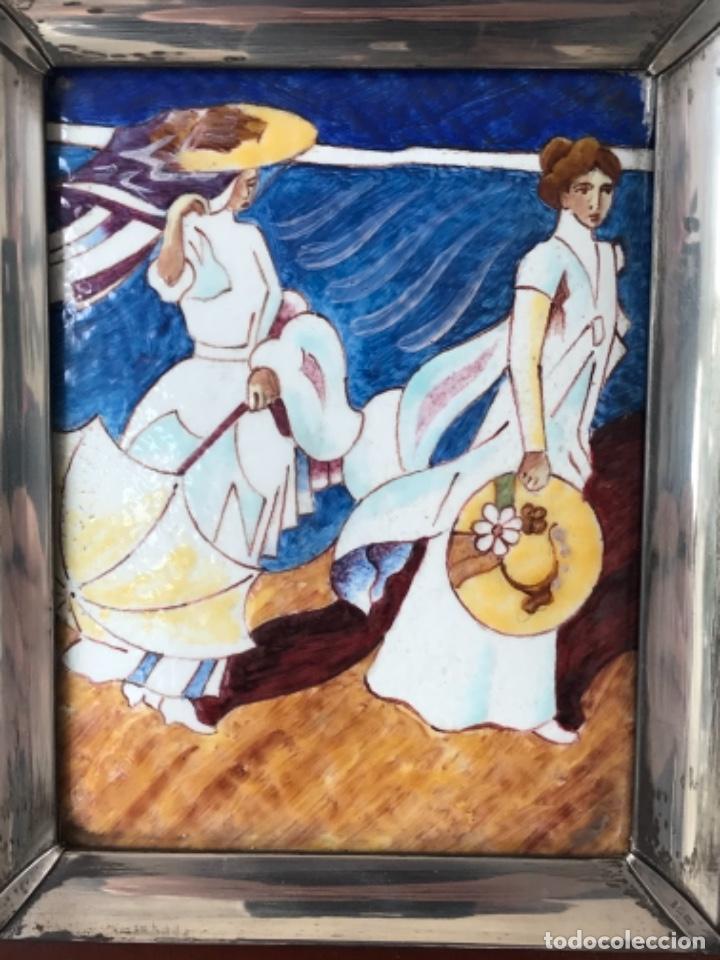 Varios objetos de Arte: CUADRO DE ESMALTE Y PLATA DE LEY Y MADERA JOAQUÍN SOROLLA. - Foto 3 - 263880935