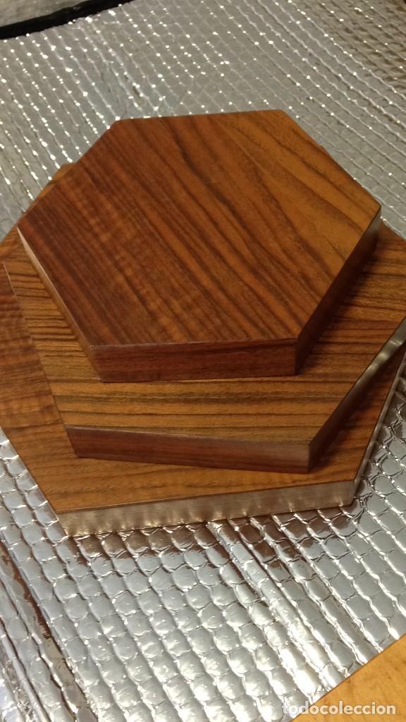 Varios objetos de Arte: Peanas de madera - Foto 4 - 266147833