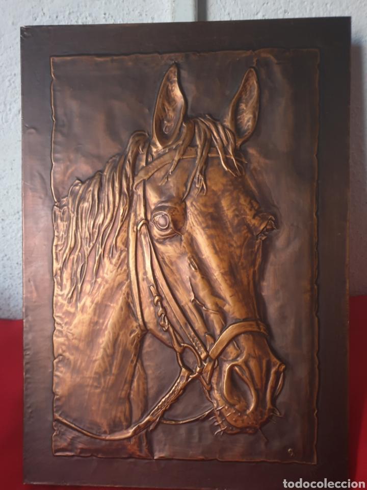 ANTIGUO CUADRO CABALLO MADERA Y COBRE ALEMANIA (Arte - Varios Objetos de Arte)