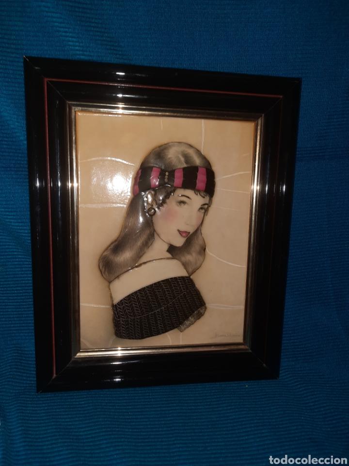 CUADRO 3D, EN RELIEVE DE FIGURA FEMENINA DE ELENA OLIVERA , 32X26 CM (Arte - Varios Objetos de Arte)