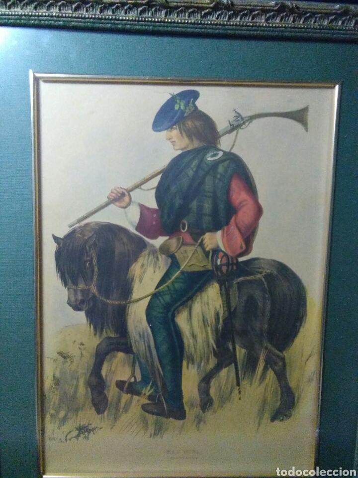 Varios objetos de Arte: Antiguo cuadro con lamina de soldado ,montado en pequeño caballito ,fiemado - Foto 6 - 269077083