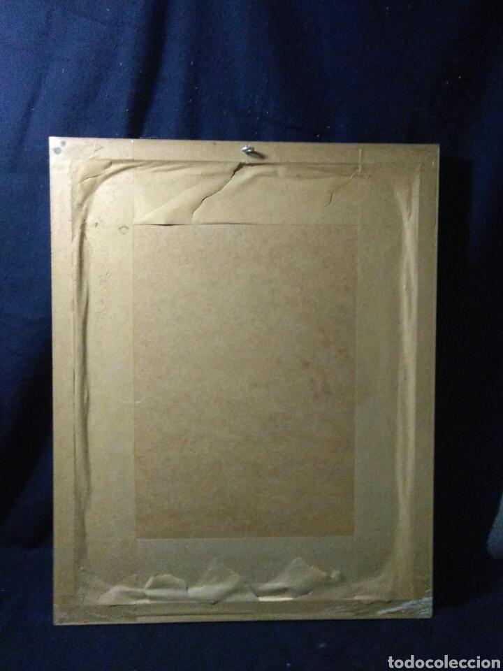 Varios objetos de Arte: Antiguo cuadro con lamina de soldado ,montado en pequeño caballito ,fiemado - Foto 8 - 269077083