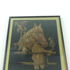 Art: EXCELENTE CUADRO TALLADO CABEZAS DE CABALLOS ENMARCADO. Lote 275552303