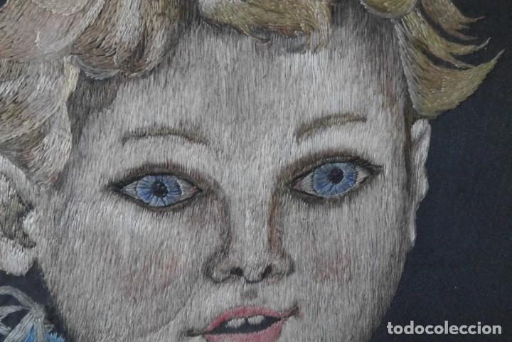 Varios objetos de Arte: Cuadro de niño merendando, bordado sobre tela - Foto 10 - 278623523