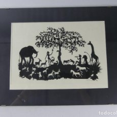 Varios objetos de Arte: INTERESANTE CUADRO HECHO DE PAPEL RECORTADO FIRMADO. Lote 285582143